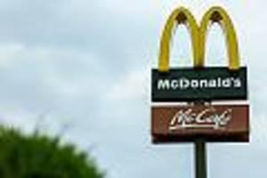 Rendsburg - Trotz Corona-Infektion: Vater geht mit Familie shoppen und zu McDonald's