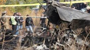 Flugzeugabsturz in Ukraine: Selenskyj ruft Trauertag aus