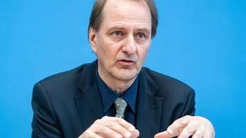 zulassungsverbot ab 2035: söder und umweltbundesamtchef wollen keine neuen verbrenner