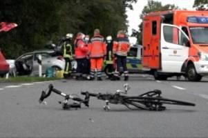 Mordkommission ermittelt: Frau in fünf Unfälle verwickelt: ein Toter