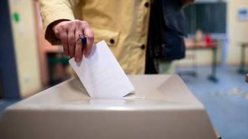 Wahllokale geöffnet: Stichwahlen in NRW um kommunale Spitzenposten