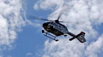 polizeihubschrauber entdeckt betrunkenen fahrer nach flucht