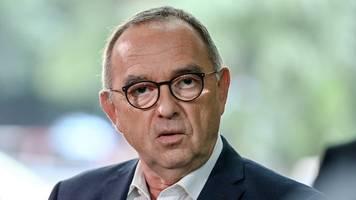 SPD-Spitze sieht Licht und Schatten bei Stichwahlen in NRW