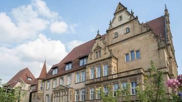 Corona-News – Bielefeld: 900 Menschen nach Familienfeier in Quarantäne
