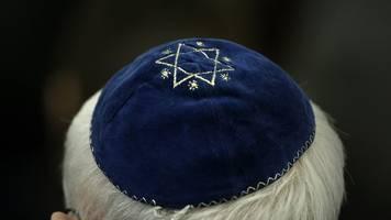 frankfurter rabbiner: jüdisches leben besser schützen