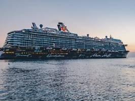 Auf Kreuzfahrt vor Griechenland: Mein Schiff 6 meldet mehrere Corona-Fälle