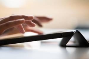 Schulen: Hamburger Schule gibt allen Fünftklässlern iPads