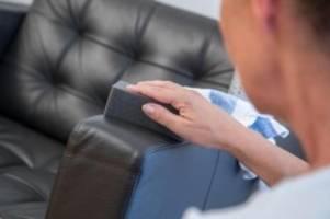 haushalts-tipp: möbelpflege: das sofa winterfest machen