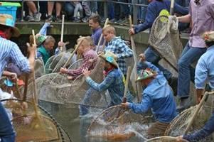 gericht erlaubt frauen das mitfischen: verein geht vorsorglich in berufung