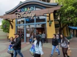 Unterhaltungsparks in den USA: Disney kündigt wegen Corona-Krise etwa 28 000 Mitarbeitern