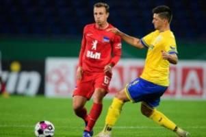 Fußball: Mittelfeldspieler Vladimir Darida verlängert bei Hertha BSC