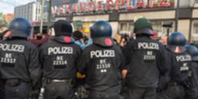 lob und kritik für polizeigesetz: noch besser abrüsten