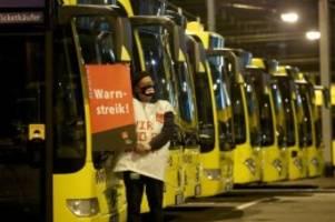 verdi verschärft arbeitskampf: warnstreiks legen nahverkehr bundesweit lahm