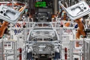 Vorwurf von Greenpeace: Volkswagen prüft Klimaschutztäuschung-Vorwürfe bei E-Flotte