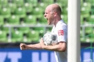 Fußball: Werder hält sich zu Wechselgerüchten von Klaassen bedeckt