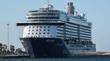 Corona-Krise im Newsblog:  Ergebnis zu Verdachtsfällen auf Tui-Kreuzfahrtschiff liegt vor