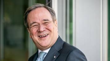 laschet reist nach rom: treffen mit ministerpräsident conte