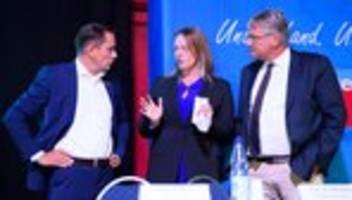 Alternative für Deutschland: AfD-Spitze will Fraktion in Niedersachsen wiederherstellen