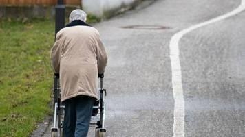 Armut im Alter: Armutsgefahr steigt besonders bei Generation 65 plus