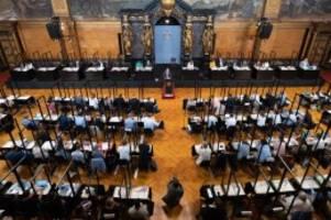 Hamburg: Corona und Klima – zwei Krisen-Themen in der Bürgerschaft
