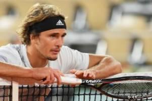 Tennis: Zverev zittert sich bei den French Open in die dritte Runde
