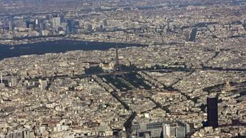 knall war keine explosion - schreck in paris: flugzeug durchbricht schallmauer