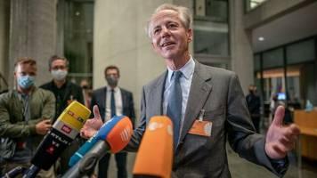 Untersuchungsausschuss: Pkw-Maut: Unternehmenschefs untermauern Vorwürfe gegen Scheuer