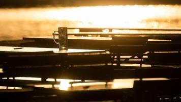 Millionensumme: Wirt gewinnt Corona-Klage gegen Versicherung