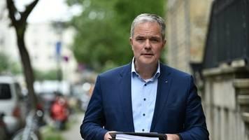 Berliner CDU: Müller ist schuld an Beherbergungsverboten