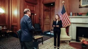 designierte verfassungsrichterin stellt sich den senatoren