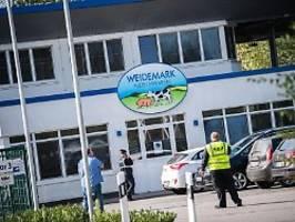 Ausbrüche in fünf Kreisen: Warum Corona in Niedersachsen grassiert
