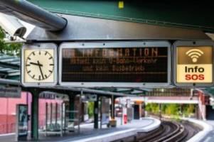 hamburg: streik bei bussen und bahnen: kritik kommt aus der politik