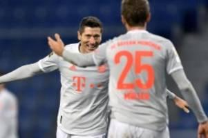 fußball-bundesliga: bayern souverän in bielefeld - rb gewinnt in augsburg