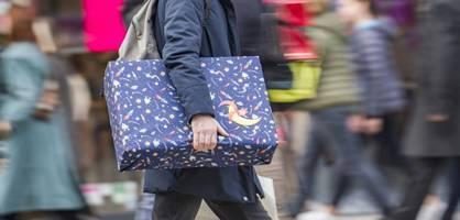 mehrere parteien fordern vorzeitige auszahlung des weihnachtsgelds