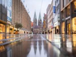 Einzelhandel: Kann vorgezogenes Weihnachtsgeld die Innenstädte retten?