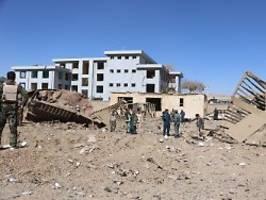 friedensprozess stockt: bombenterror erschüttert afghanistan