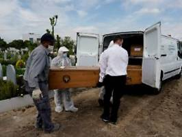 UK und Italien stark betroffen: Europa beklagt mehr als 250.000 Corona-Tote