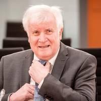 News von heute: Innenminister Seehofer knickt wegen Rassismus-Studie bei der Polizei ein