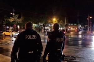 Einsätze am Wochenende: 1000 Polizisten kontrollieren Corona-Regeln in Berlin