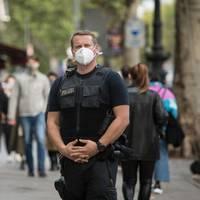 News zum Coronavirus: Hunderte Polizisten im Einsatz: Berlin verschärft Corona-Kontrollen