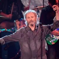 Sänger: Birne beschädigt: Wolfgang Petry liest Corona-Leugnern die Leviten