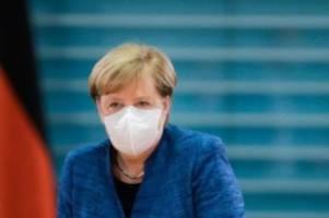 Debatte über Corona-Maßnahmen: Merkel: Gebot der Stunde heißt Kontakte reduzieren