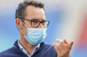 Fußball: Preetz glaubt trotz Umbruch an Qualität des Hertha-Kaders