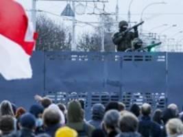 Belarus: Polizei setzt Blendgranaten gegen Demonstranten ein