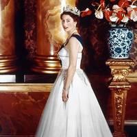 elizabeth ii.: prinz philip nennt sie sausage – alle anderen her majesty: opulenter bildband feiert die queen