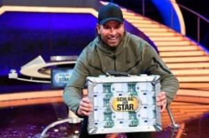 """fernsehshow: """"schlag den star"""": tim wiese schwitzt und schweigt und siegt"""