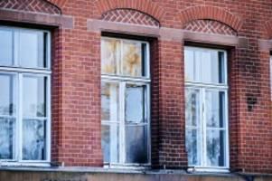 ermittlungen: versuchte brandstiftung: rki-gebäude in berlin angegriffen
