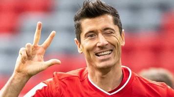 Dreierpack: Wahnsinn! - Nächste Tor-Gala von Bayern-Star Lewandowski