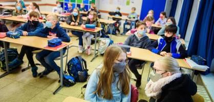 schulen starten mit verschärften regeln nach den herbstferien