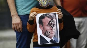 neuer karikaturen-streit?: mehrere arabische länder boykottieren frankreich
